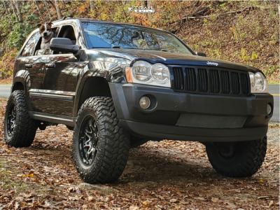 2007 Jeep Grand Cherokee - 17x8.5 -10mm - Level 8 Slingshot - Leveling Kit - 285/70R17