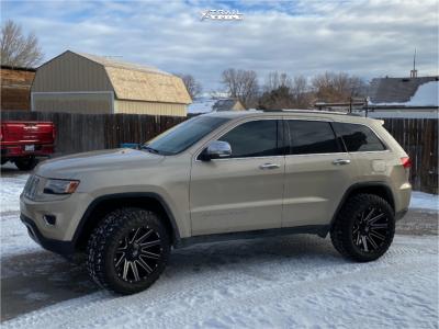 "2014 Jeep Grand Cherokee - 20x10 -18mm - Fuel Contra - Suspension Lift 2.5"" - 33"" x 12.5"""