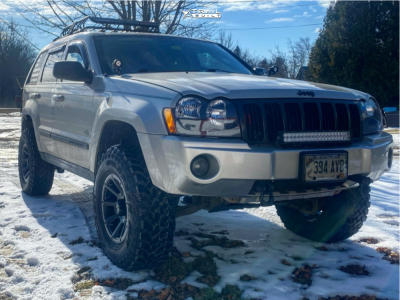 "2006 Jeep Grand Cherokee - 17x8.5 -6mm - Vision Turbine - Suspension Lift 3.5"" - 285/70R17"