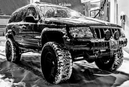 "2004 Jeep Grand Cherokee - 17x9.5 -12mm - Vision Manx 2 Overland - Suspension Lift 4.5"" - 35"" x 12.5"""