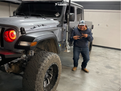 "2020 Jeep Gladiator - 20x12 -44mm - Fuel Cleaver - Suspension Lift 6"" - 37"" x 13.5"""