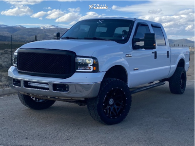 """2005 Ford F-250 Super Duty - 20x10 -24mm - Wicked Offroad W903 - Leveling Kit - 33"""" x 12.5"""""""