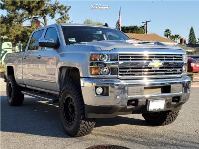 "2018 Chevrolet Silverado 2500 HD - 18x9 18mm - Method Mr305 - Leveling Kit - 35"" x 12.5"""