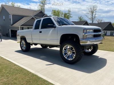 "1998 Chevrolet K1500 - 22x9 24mm - OE Performance 205 - Suspension Lift 6"" - 37"" x 13.5"""