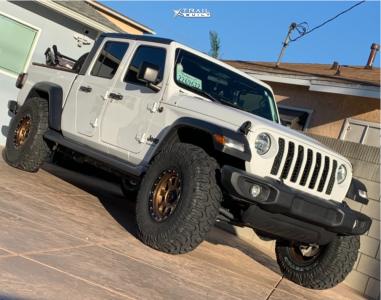 "2021 Jeep Gladiator - 17x9 -12mm - KMC Km548 - Leveling Kit - 37"" x 12.5"""