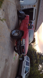 "2000 Chevrolet Silverado 1500 - 24x14 -76mm - Red Dirt Road Twister - Body Lift 3"" - 35"" x 13.5"""
