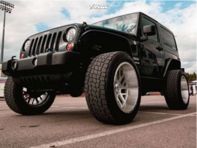 """2012 Jeep Wrangler - 22x12 -76mm - Axe Offroad Ax2.1 - Suspension Lift 3.5"""" - 35"""" x 12.5"""""""
