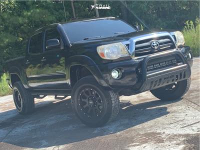 "2006 Toyota Tacoma - 17x8.5 -6mm - Mb Wheels 352 - Suspension Lift 2.5"" - 295/70R17"