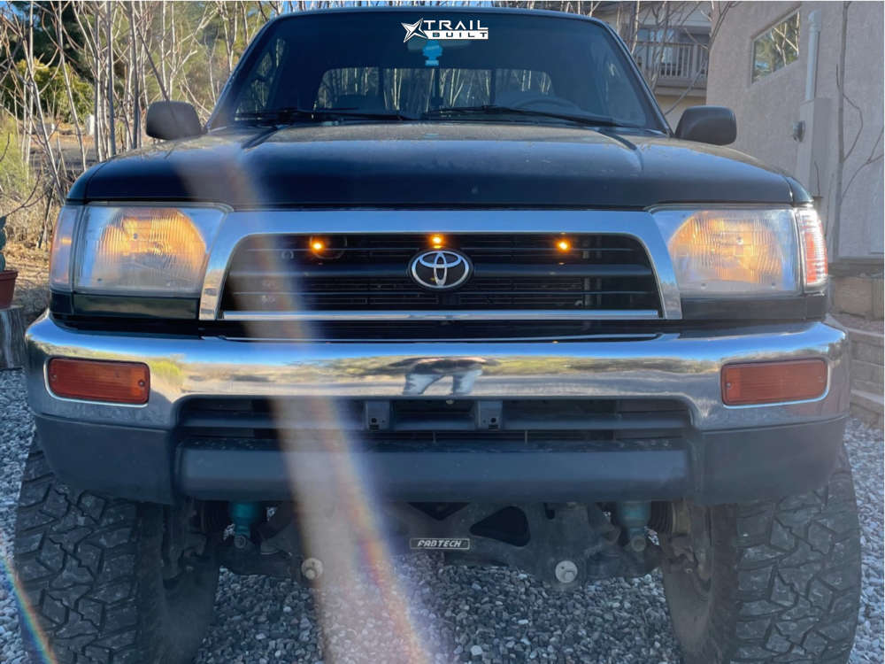 2 1999 Tacoma Toyota Fabtech Suspension Lift 8in Pro Comp 69 Chrome