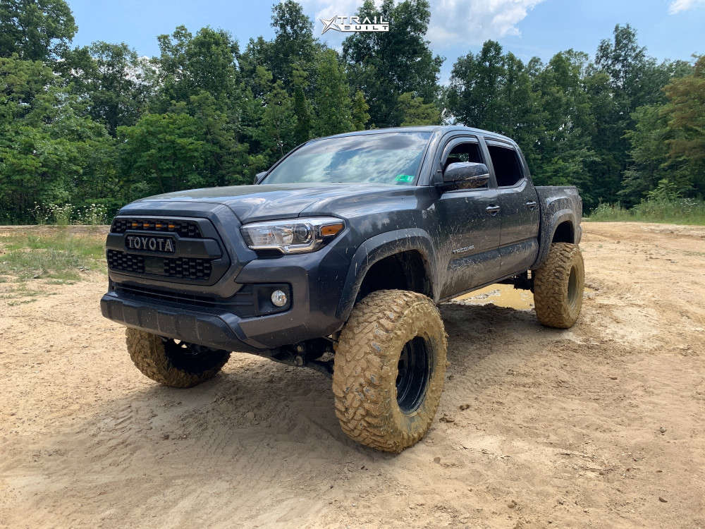 16 2019 Tacoma Toyota Rough Country Suspension Lift 6in Pro Comp Series 252 Black